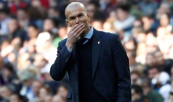 إشارة زيدان تحسم صفقة ريال مدريد المجانية