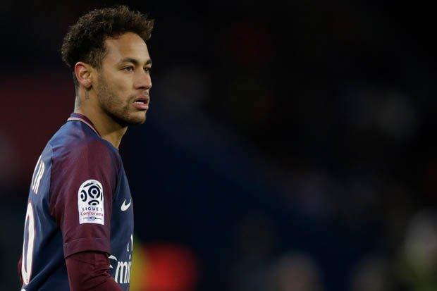 ريال مدريد يقرر بيع 5 لاعبين في الميركاتو لضم نيمار