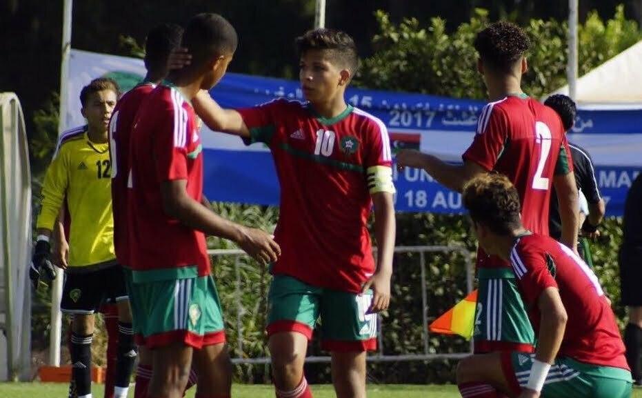 شاهد .. المنتخب الوطني لأقل من 17سنة يكتسح المنتخب الجزائري بخماسية