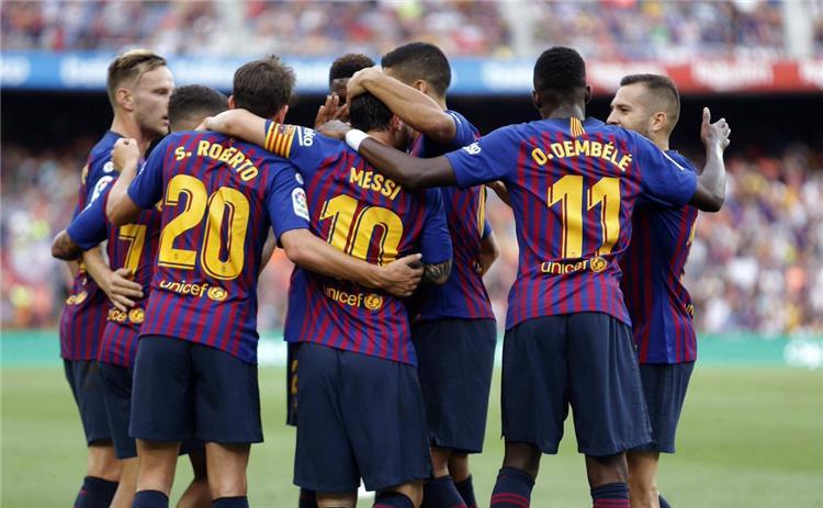 دون بالون : ميسي يطالب برحيل لاعب برشلونة