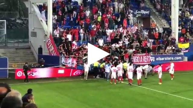 انهيار مدرج بملعب إيبار بجمهور إشبيلية أثناء احتفالهم بهدف