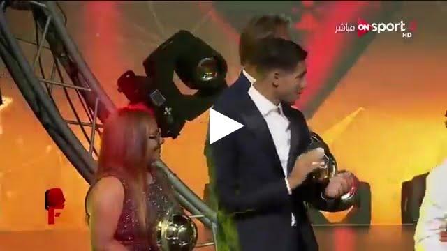 صلاح و ماني و حكيمي يرقصون في حفل توزيع جوائز الأفضل بأفريقيا