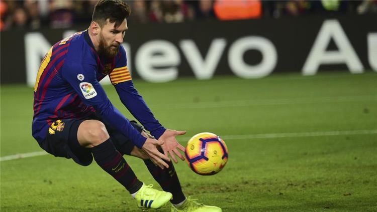 راديو كتالونيا: ميسي قد يغيب عن الكلاسيكو أمام ريال مدريد للإصابة