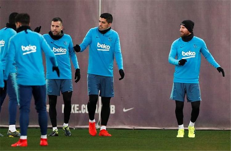 مفاجآت في تدريبات برشلونة قبل مباراة بلباو في الدوري الإسباني