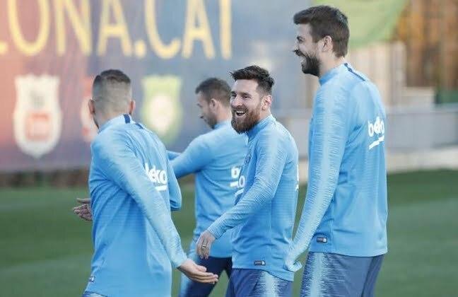 أنباء سارة في تدريبات برشلونة قبل الكلاسيكو