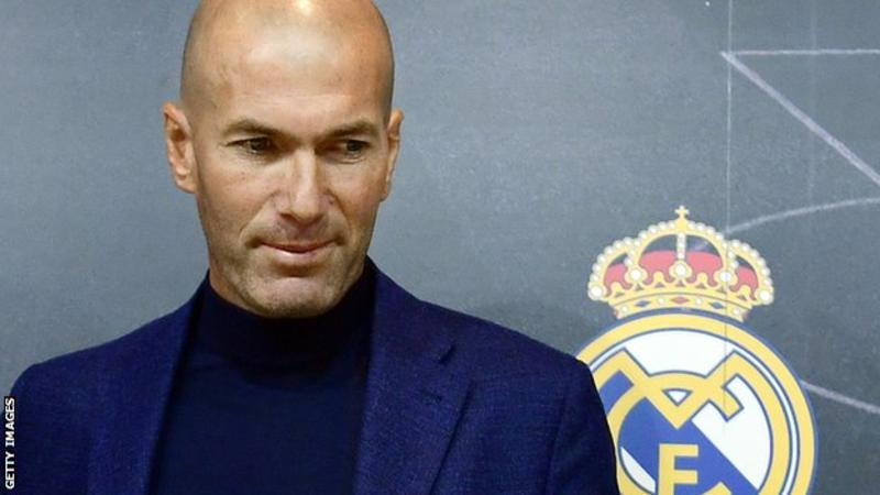 الكشف عن شروط زيدان لقبول دعوة رئيس ريال مدريد