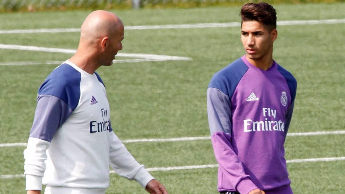 زيدان يحسم مستقبل أشرف حكيمي مع ريال مدريد