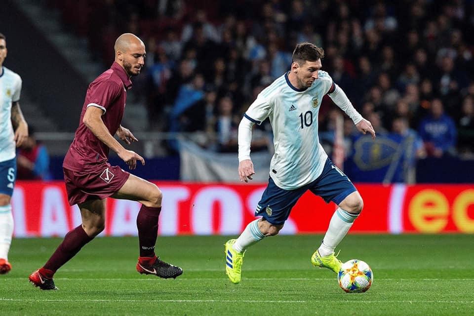 هزيمة مفاجئة للأرجنتين أمام فينيزويلا 3 - 1 على بعد ثلاثة إيام على مواجهة المغرب