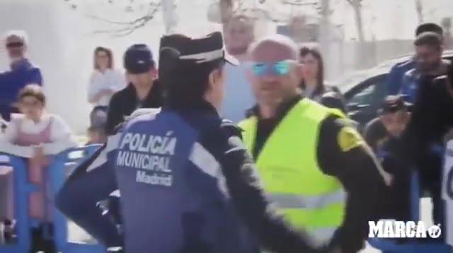 الشرطة تتدخل لإنقاذ نجوم ريال مدريد من غضب الجماهير عقب المران.. فيديو