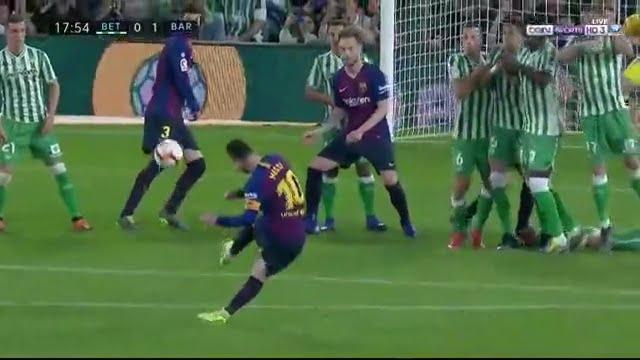 هدف برشلونة الأول في مرمى ريال بيتيس