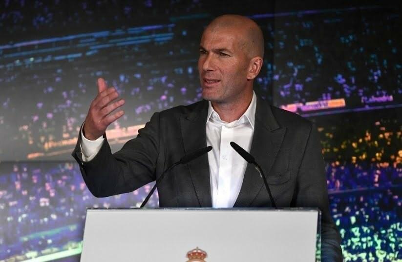 زيدان يوجه رسالة نارية لرونالدو بعد عودته لريال مدريد