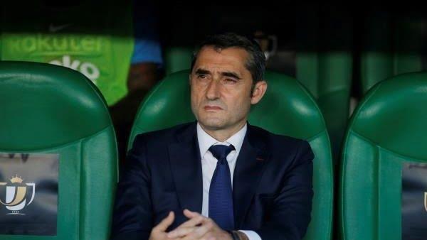 برشلونة يفجر مفاجأة عن إقالة فالفيردي
