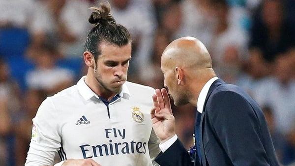 زيدان يفاجئ بيل بعد استبعاد من قائمة ريال مدريد