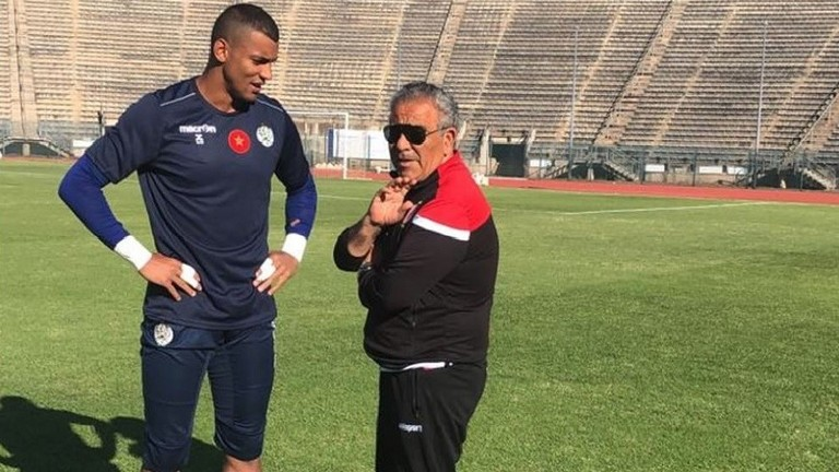 مدرب الوداد يكشف أسلحته لخطف الكأس الغالية من تونس