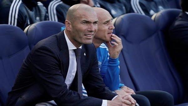 """أزمة عنيفة بين """"زيدان"""" وإدارة ريال مدريد"""