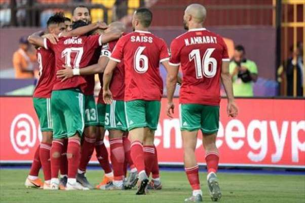 طبيب المنتخب المغربي يعلن عن قرار هام بخصوص بوطيب