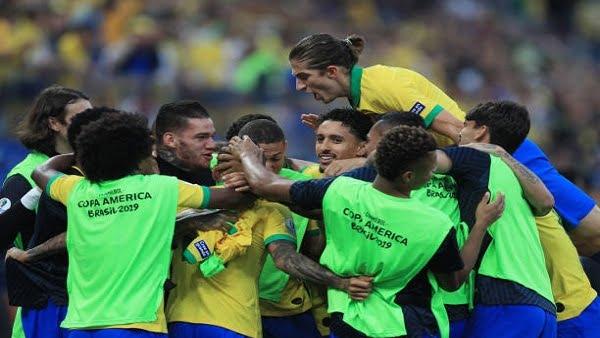 البرازيل تقهر بيرو بخماسية.. وتعبر برفقة فنزويلا إلى ربع نهائي كوبا أمريكا