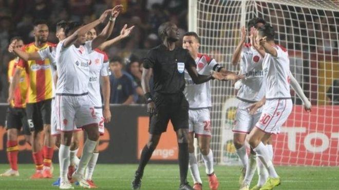 """"""" الطاس"""" تتجه لإعادة مباراة نهائي دوري أبطال إفريقيا بين الوداد والترجي"""