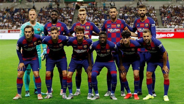 """تشكيل برشلونة.. فالفيردي يحدد ثلاثي الهجوم ومركز جديد لـ """"ميسي"""""""