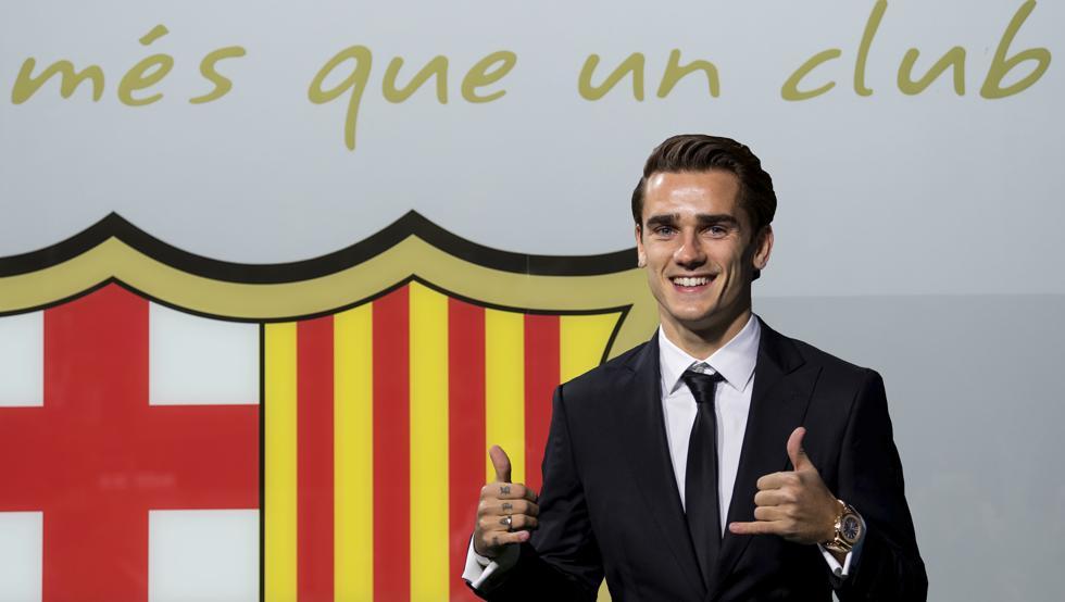 """لاعب واحد يرحب بـ """"جريزمان"""" وسط تجاهل من نجوم برشلونة !"""