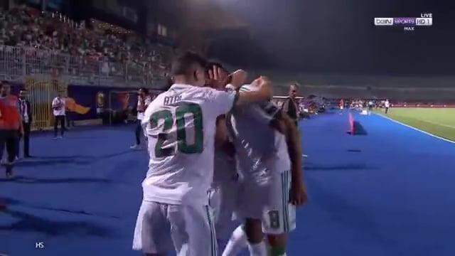 هدف المنتخب الجزائري الأول في مرمى غينيا