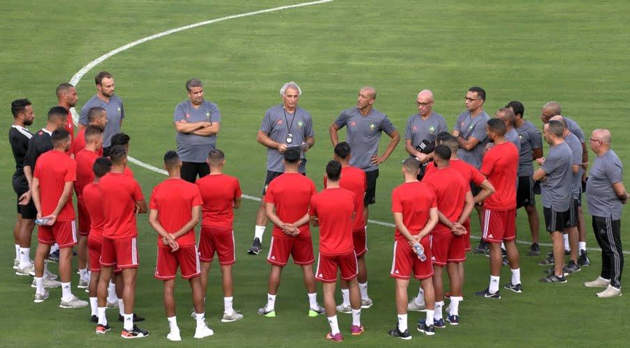 وحيد حاليلوزيتش يستعدي لاعبين من الدوري الاسباني